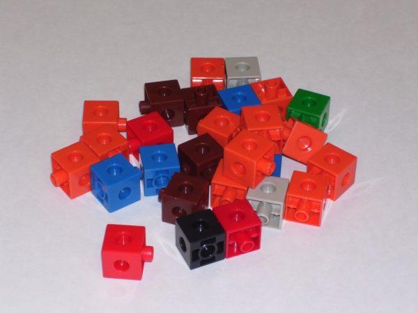 Cuburi colorate asamblabile 100 buc. 5