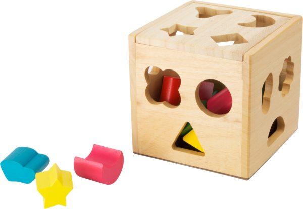 Cub din lemn cu forme de sortat 3