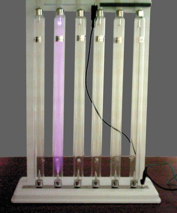 Tuburi pentru studiul descarcarilor in gaze rarefiate 5