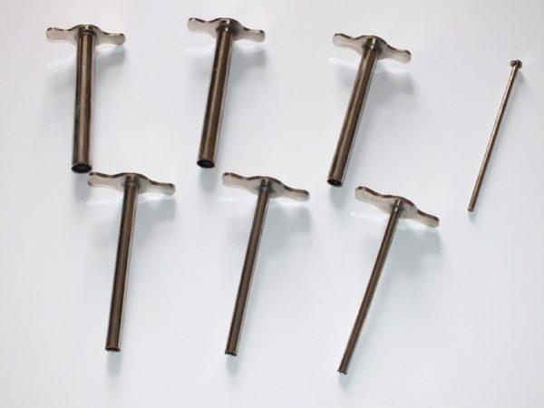 Perforatoare pentru dopuri de cauciuc 1
