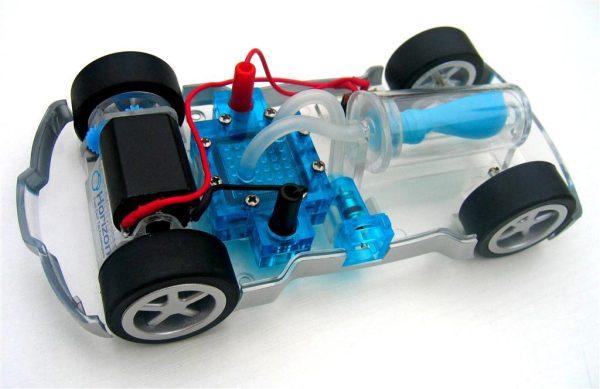 Masina cu pila de combustie H-Racer 4