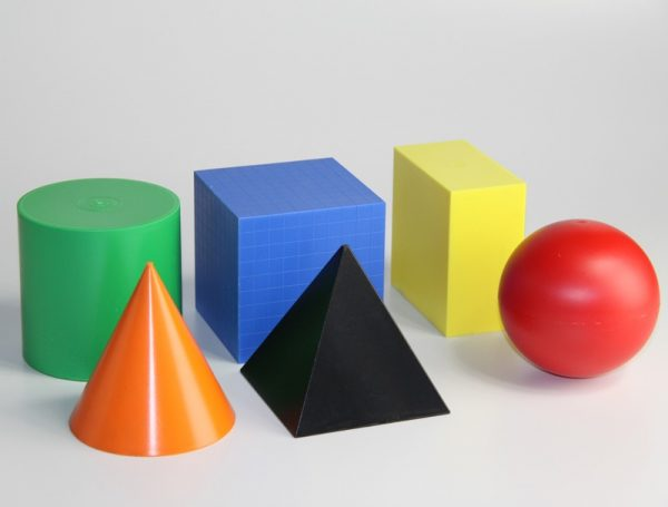 Forme geometrice colorate 1